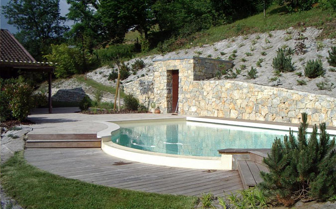 Michel causse architecte paysagiste for Amenagement piscine terrain en pente